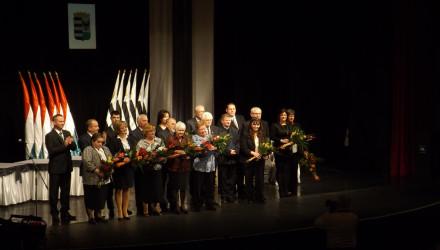 Fotó: 2015 díjazottjai (Forrás: www.salgotarjan.hu)