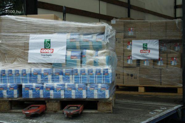 3100.hu Fotó: A Coop Segély Alapítvány élelmiszeradománya