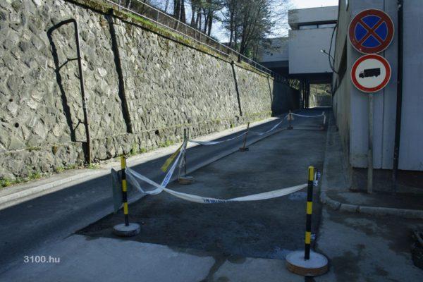 3100.hu Fotó: Az érintett útszakasz, ahol jelenleg útfelbontás is nehezíti a közlekedést