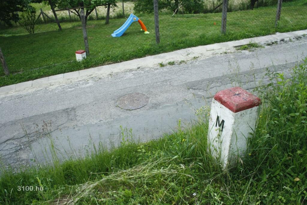 3100.hu Fotó: Határátlépés Somoskőújfaluban, a Bethlen Gábor utcában