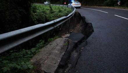 3100.hu Fotó: A megcsúszott útszakasz Cered fölött