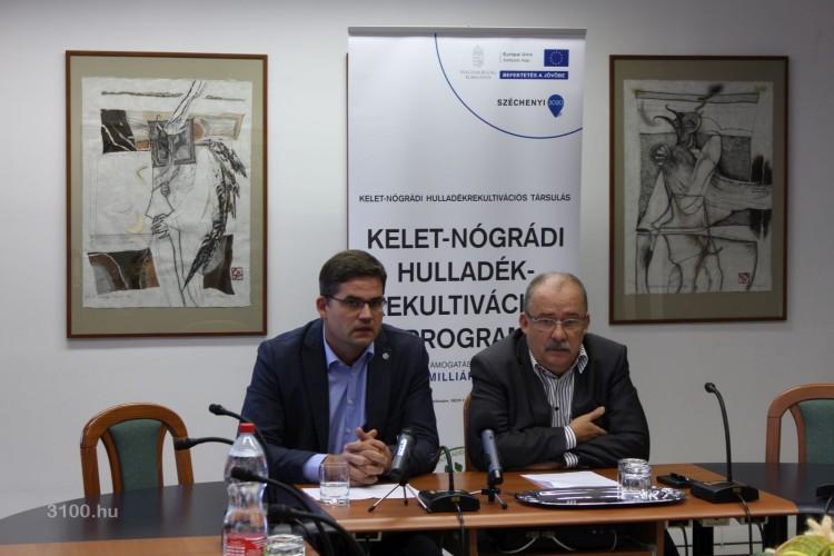3100.hu Fotó: Skoumal Gergely, a HE-DO Kft. műszaki igazgatóhelyettese és Dóra Ottó, Salgótarján polgármestere