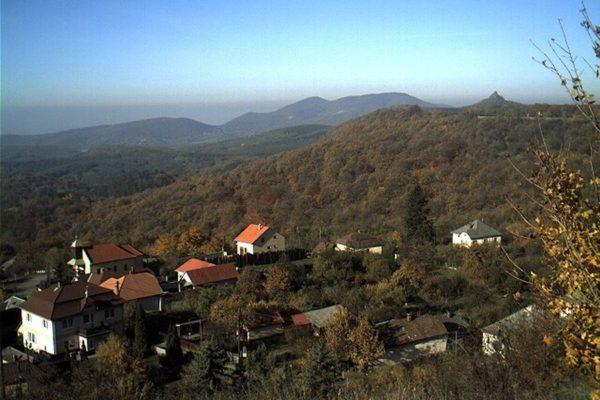 (Forrás: www.medves-fennsik.hu)