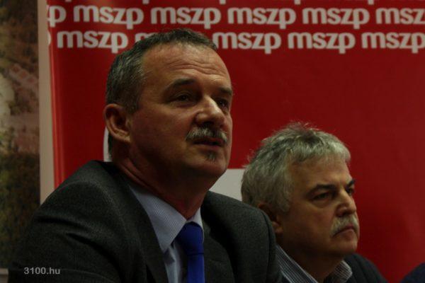 3100.hu Fotó: Fekete Zsolt alpolgármester, polgármesterjelölt és Méhes András az MSZP salgótarjáni szervezetnének alelnöke