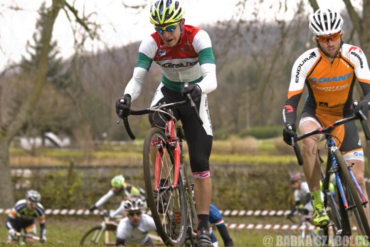 A balassagyarmati Rózsa Balázs és Búr Zsolt vezette fel tavaly a mezőnyt a rajt utáni métereken (Fotó: Babka Szabolcs)