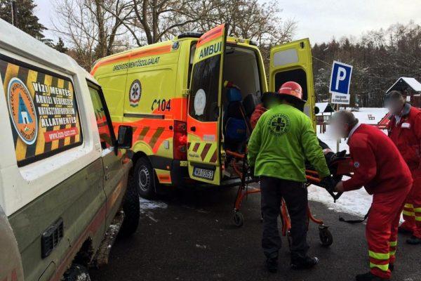 Kiemelt fotó: Eresztvényben a Karancs Speciális Mentőszolgálat segített az Országos Mentőszolgálatnak (Fotó: Nógrád Megyei Katasztrófavédelmi Igazgatóság)
