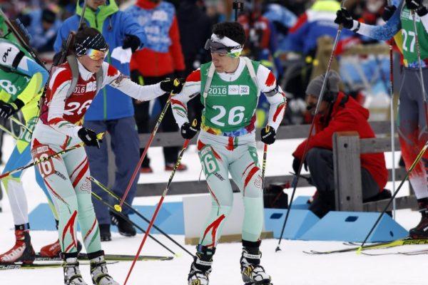 A Veres Mirella és Herneczky Áron alkotta magyar vegyesváltó a Téli Ifjúsági Olimpián (Forrás: www.mob.hu)