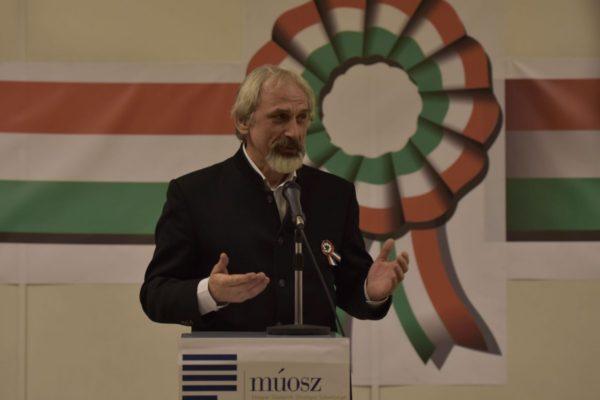 Tarnóczi László a MÚOSZ kitüntetési ünnepségén (Fotó: www.muosz.hu | Ambrus László)