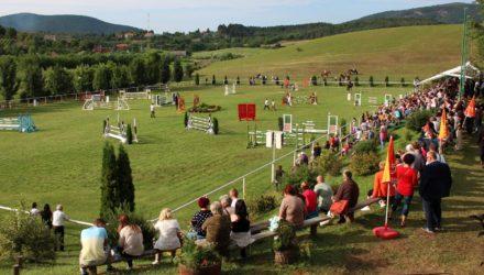3100.hu Fotó: Mint minden évben, tavaly is ezrek érdeklődtek az esemény iránt a nap során