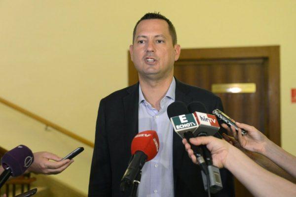 Molnár Zsolt, az MSZP országos elnökségének tagja (MTI Fotó: Soós Lajos)