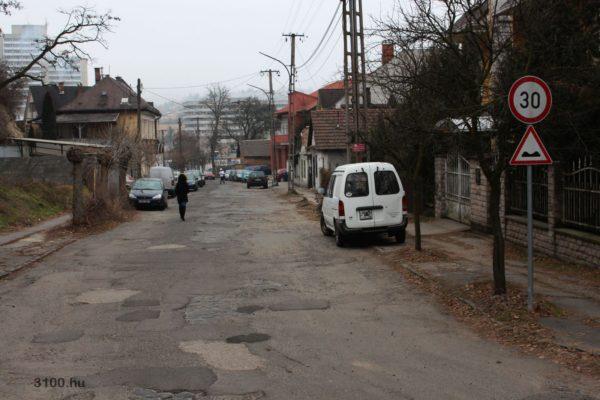 3100.hu Fotó: A Karancs út városközpont felőli szakasza