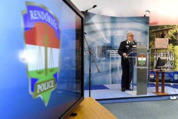 Papp Károly altábornagy, országos rendőrfőkapitány (MTI Fotó: Bruzák Noémi)