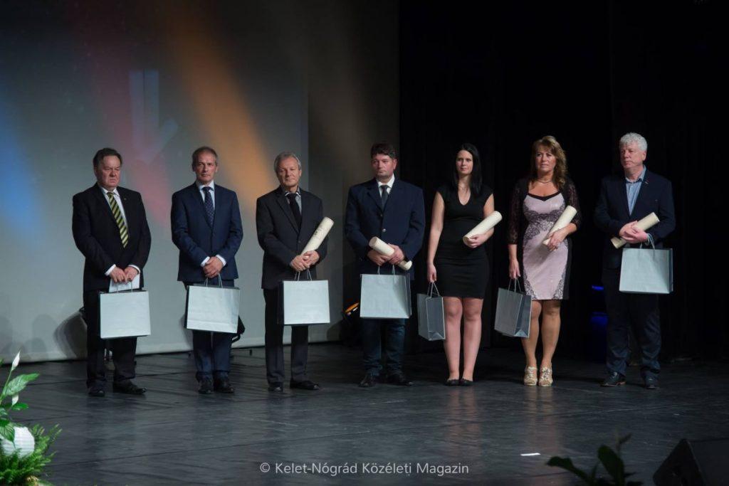 (Fotó forrása és további képek a díjátadó gáláról: Skuczi Nándor | Facebook)