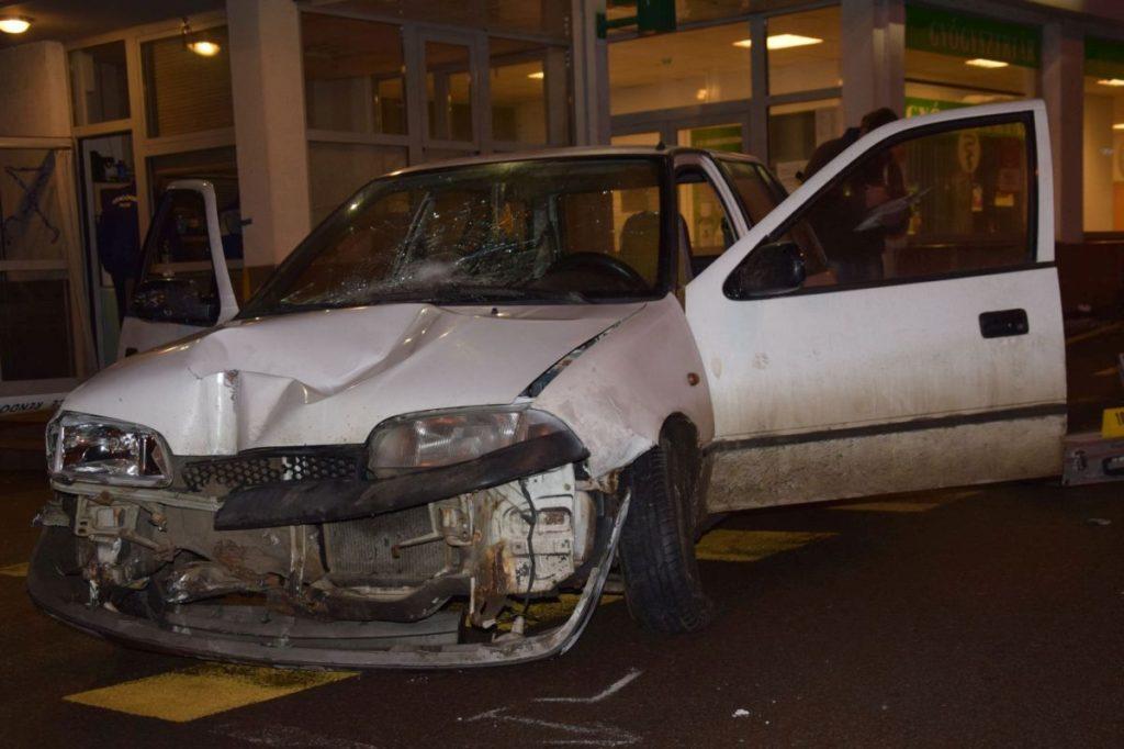 A Füleki úti, halálos kimenetelű baleset helyszíne 2017. december 23-án este (Fotó: Nógrád Megyei Rendőr-főkapitányság)