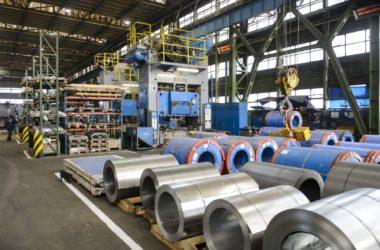 A Wamsler SE zagyvapálfalvai gyára az új üzemcsarnok alapkőletételének napján (MTI Fotó: Komka Péter)