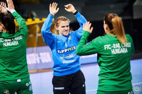 Hadfi Gréta az FTC-Rail Cargo Hungária felnőtti női kézilabdacsapatának tagjaként az oroszországi Rosztovban, a Bajnokok Ligája negyeddöntőjének visszavágóján (Fotó: Rosztov-Don Handball Club)