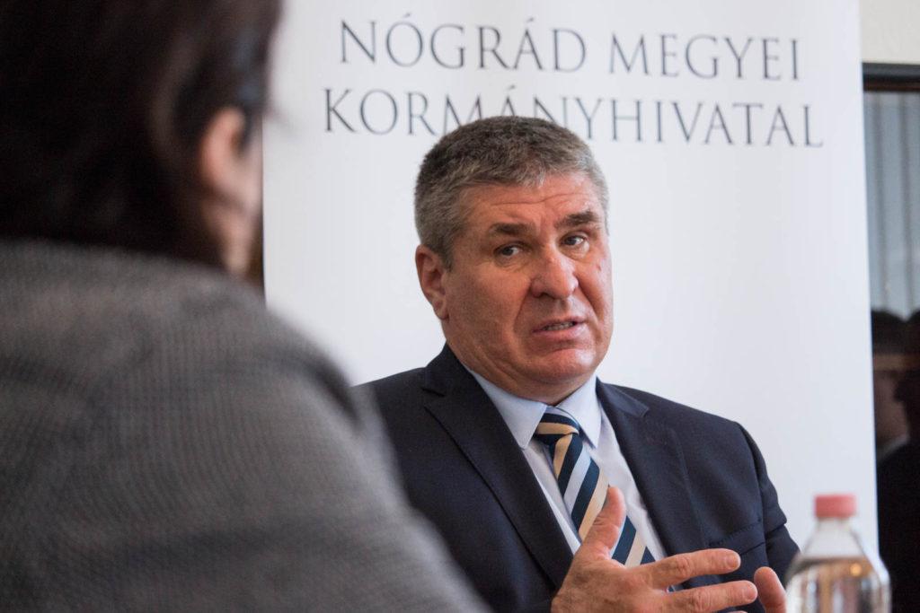 Bodó Sándor, a Pénzügyminisztérium foglalkoztatáspolitikáért és vállalati kapcsolatokért felelős államtitkára (Fotó: Nógrád Megyei Kormányhivatal)