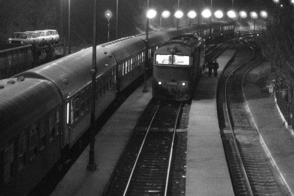 Polonia expressz a somoskőújfalui vasútállomáson, 1981-ben (Fotók: Fortepan/Urbán Tamás)