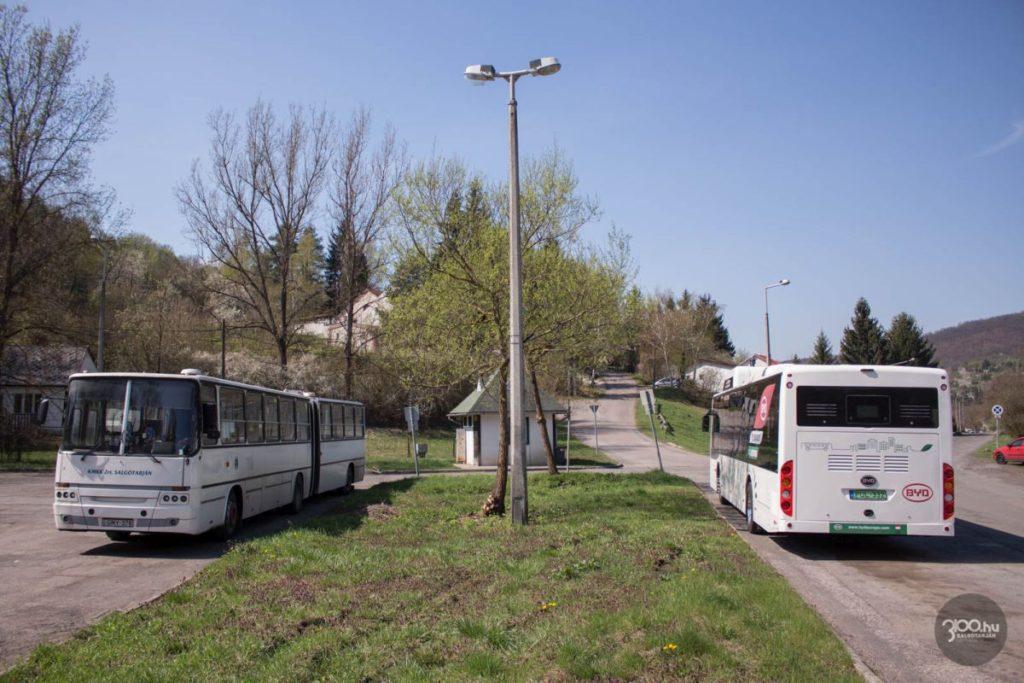 Salgótarján első, a tömegközlekedésben forgalomba állított elektromos autóbusza 2019. április 15-én (Fotó: 3100.hu)