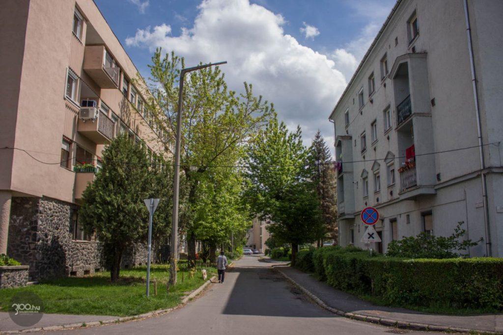 3100.hu Fotó: A Lőwy Sándor út a salgótarjáni Vásártéren