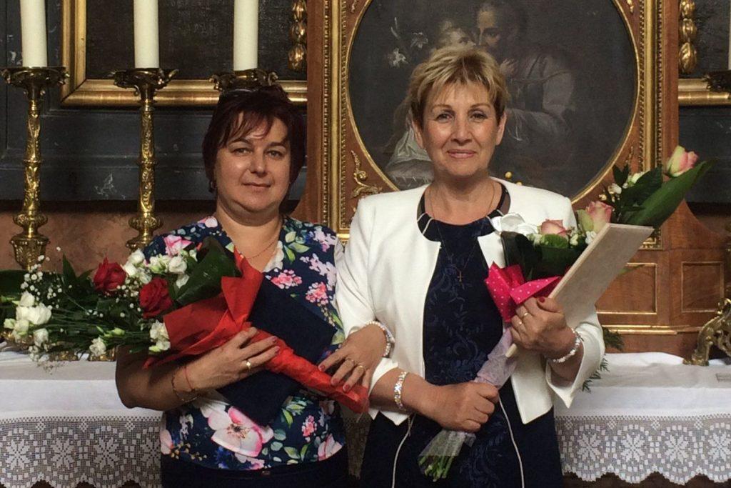Illésné Sánta Henriette és Barna Tiborné (Fotó:Bölönyi Gabriella   Váci Egyházmegye)