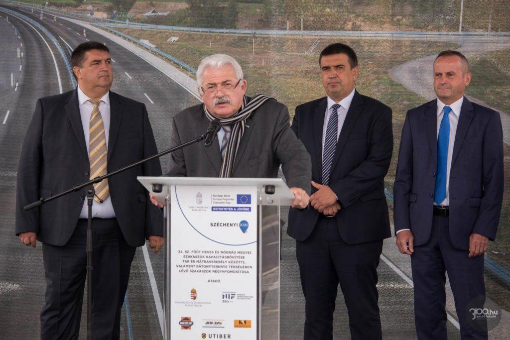 3100.hu Fotó: Fónagy János nemzeti vagyonnal kapcsolatos parlamenti ügyekért felelős államtitkár a Bátonyterenyén tartott átadó ünnepségen