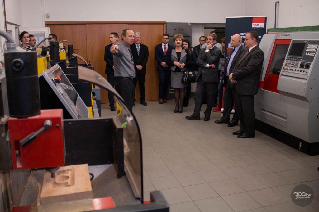3100.hu Fotó: Az új EMCO-terem átadója