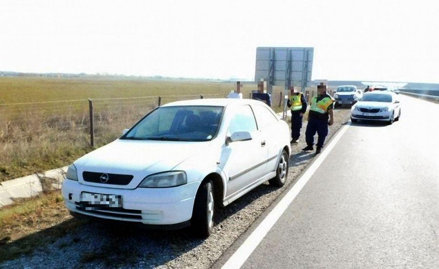 A másodszor elkötött autó, Hatvan közelében (Archív fotó: Nógrád Megyei Rendőr-főkapitányság)