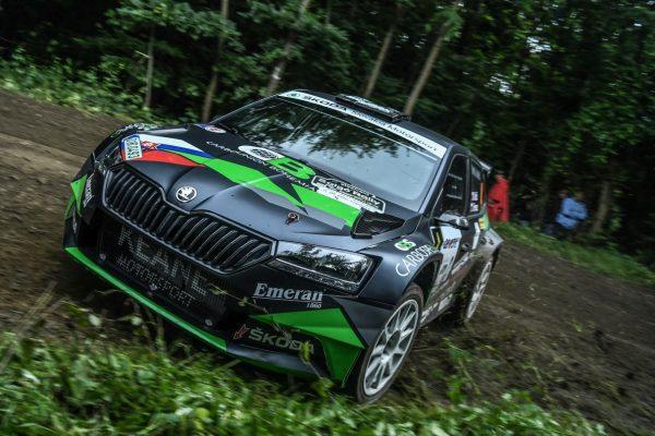 Az Országos Rally Bajnokság idénynyitó futama északi szomszédunk bajnokságába is beleszámított. Jelentős létszámban érkeztek szlovák párosok. A Martin Koci, Imrich Ferencz páros a második mátrai körgyorsaságiig tudott az élmezőny küzdelmeibe beleszólni. Bár itt közel 5 perces hátrányt szedtek össze, ezzel is a 10. helyen zártak, a legjobb szlovák párosként. (3100.hu Fotó: Csikó Milán | Instagram)