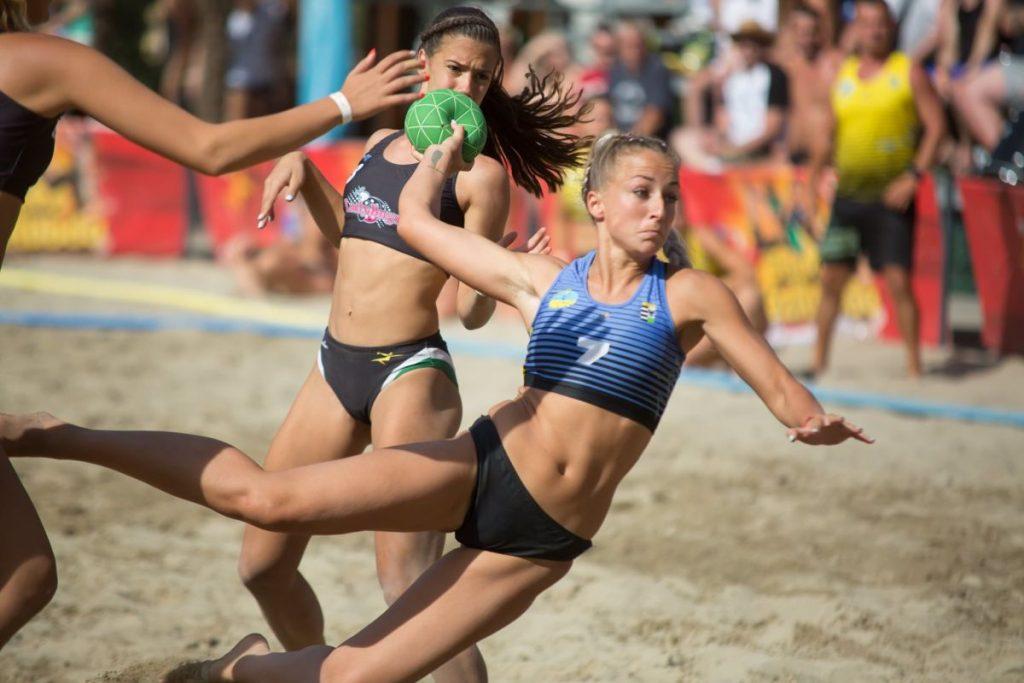 A Salgótarjáni Strandépítők KC női csapata a harmadik helyen zárta az országos döntőt (Fotó: Salgótarján | Facebook)