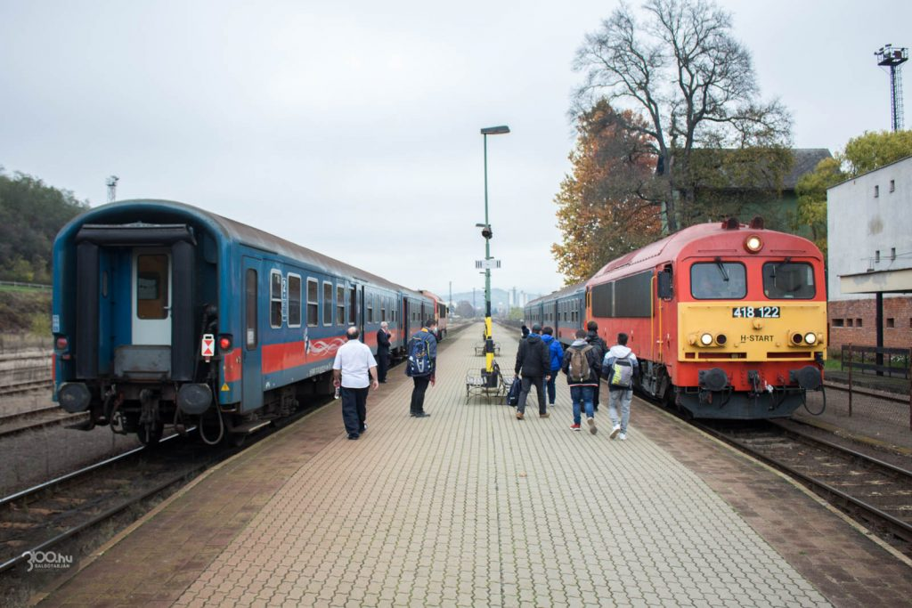 3100.hu Fotó: Vonatkereszt a salgótarjáni Külső pályaudvaron