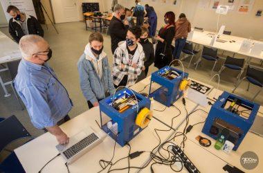 3100.hu Fotó:Online vetélkedővel segítették a nyolcadikosok pályaválasztását, a legügyesebb fiatalokat a salgótarjáni Digitális Közösségi Alkotóműhelyben díjazták