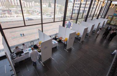 A József Attila Művelődési Központban megnyitott új salgótarjáni oltópont (Fotó: Nógrád Megyei Kormányhivatal)