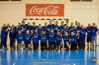 3100.hu Fotó: NB II-es bajnoki címet ünnepel a Csépe-Salgótarjáni Strandépítők KC NB II-es férfi kézilabdacsapata 2021. május 12-én a Salgótarjáni Városi Sportcsarnokban