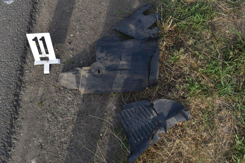 A baleset nyomai Nagyorosziban, a rendőrségi helyszínelés alkalmával (Fotó: Nógrád Megyei Rendőr-főkapitányság)