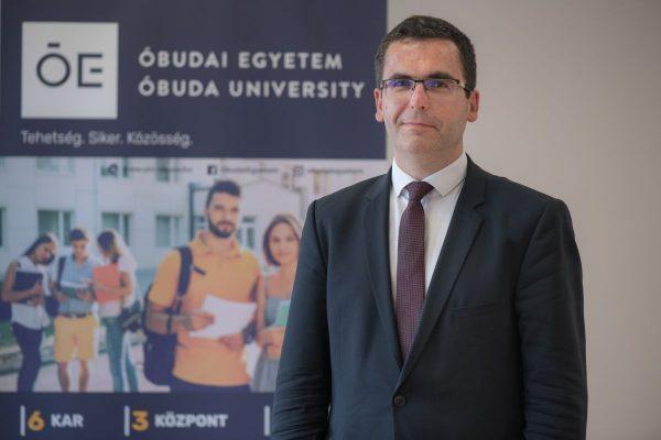 Prof. Dr. Kovács Levente, az Óbudai Egyetem rektora (Fotó: Óbudai Egyetem)