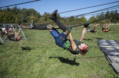 Spartan Race nemzetközi extrém akadályversenyt rendeztek Salgótarján környékén (Fotó: MTI/Komka Péter)