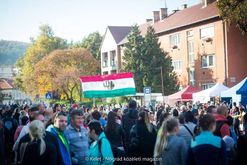 A salgótarjáni emlékfutásnak minden évben több ezer résztvevője van (Archív fotó: Kelet-Nógrád közéleti magazin | Facebook)