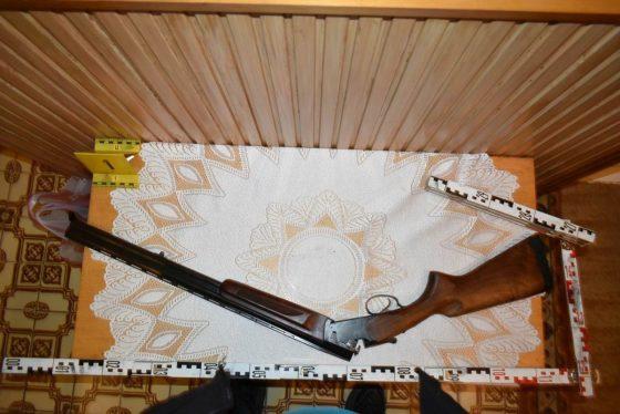 A szarvasgedei férfi vadászpuskájával fenyegette édesanyját (Fotó: Nógrád Megyei Rendőr-főkapitányság)
