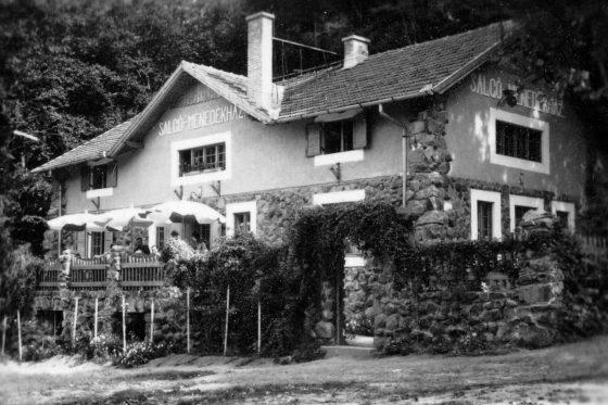 A Salgó Menedékház 1937-ben (Fotó: Fortepan / Gyöngyi)