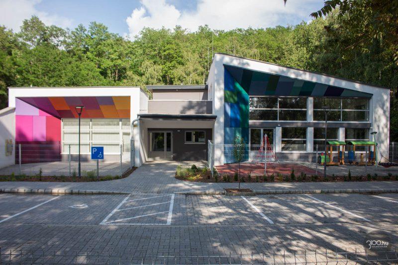 3100.hu Fotó: Felépült a játszóház az egykori Építők-pálya helyén, a Rokkant-telepen