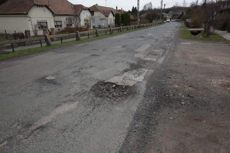 A Petőfi út érintett szakaszának egy része, jelenlegi állapotában (Fotó: Salgótarján Megyei Jogú Város Önkormányzata)